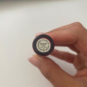 Kylie Cosmetics Makeup - Kylie Jenner red velvet liquid lipstick